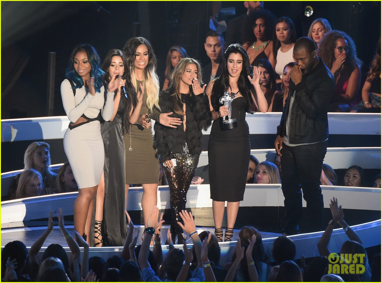 fifth harmony wins 2014 mtv vmas 043182654