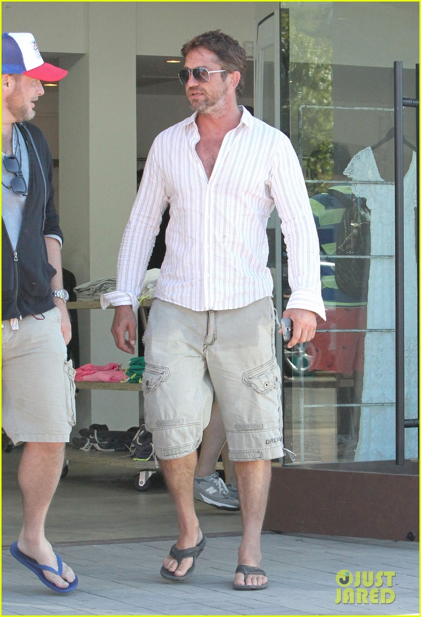 gerard butler chest hair shopping malibu 263177944
