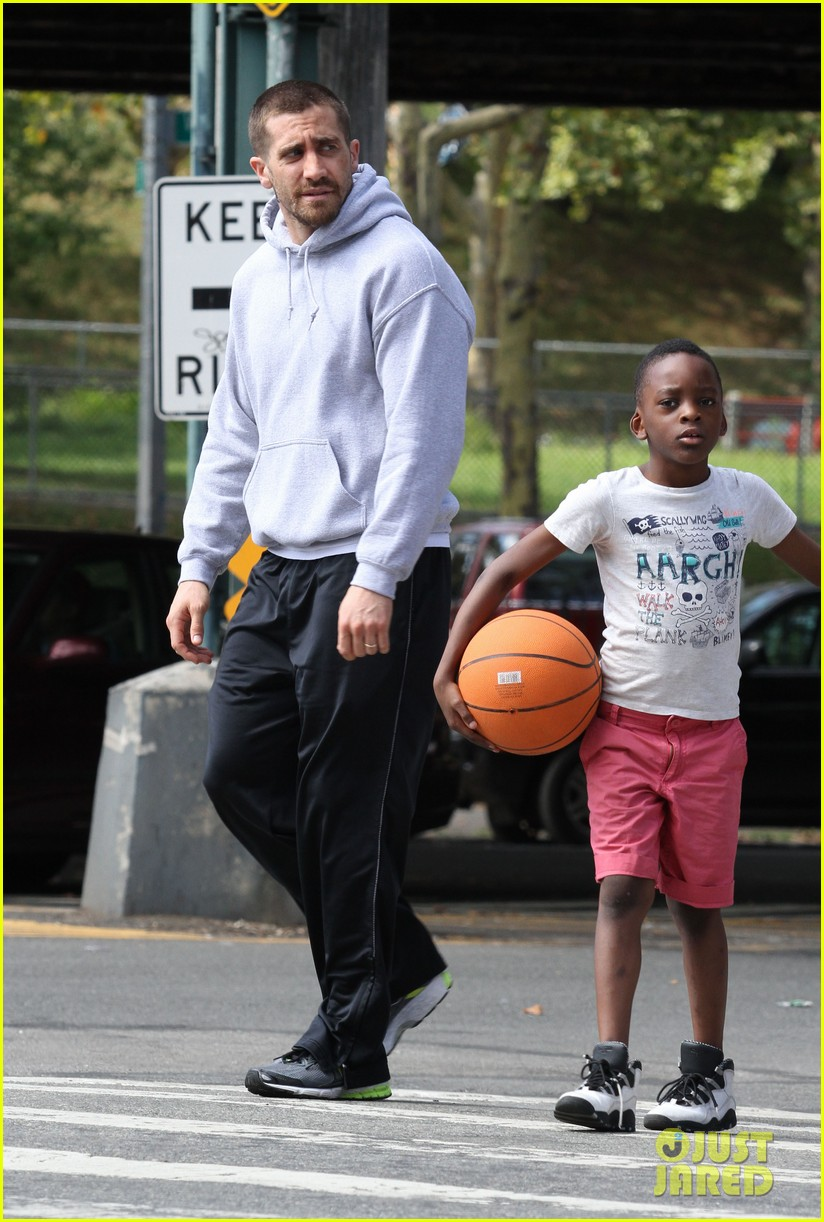 jake gyllenhaal looks great even with facial injuries for southpaw 013179512