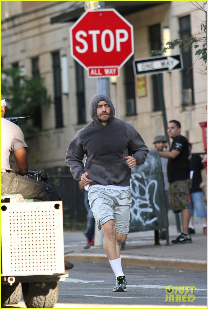 jake gyllenhaal looks great even with facial injuries for southpaw 043179515