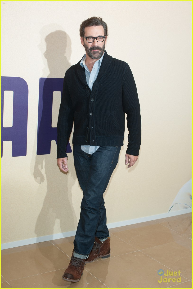 jon hamm million dollar arm gala screening 04
