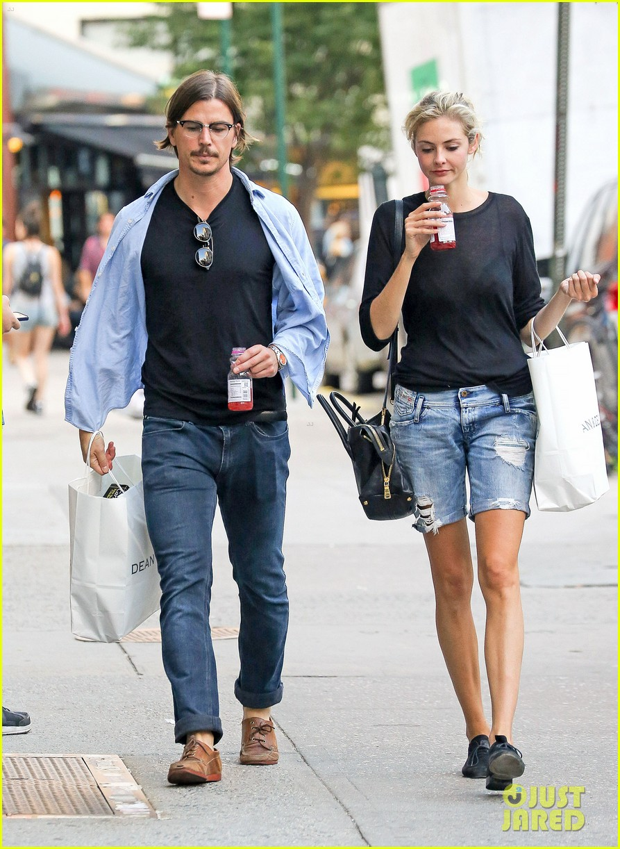 josh hartnett tamsin egerton have a date night in the city 043179169