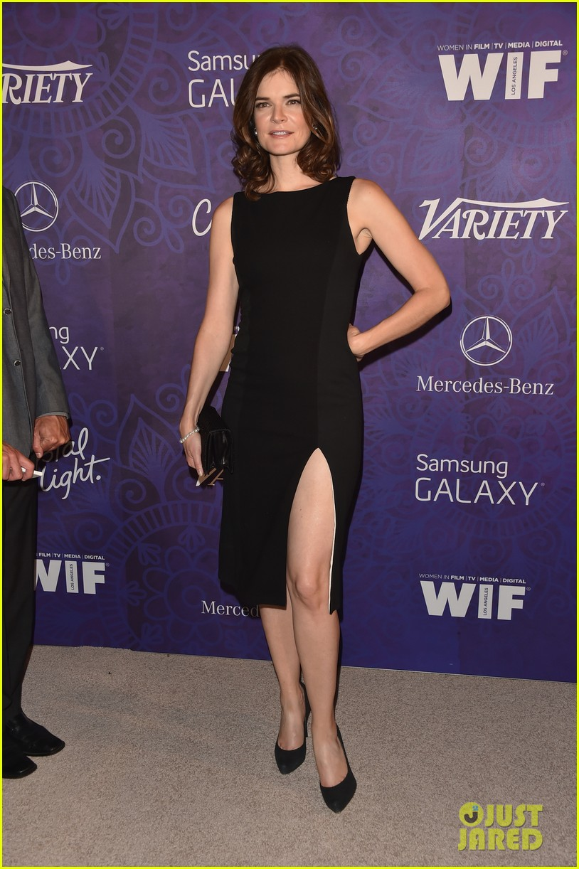 christina hendricks michelle monaghan variety emmys party 173181943