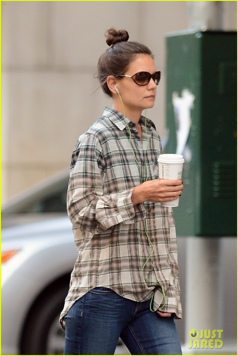 katie holmes discusses the giver celebration of life 073179124
