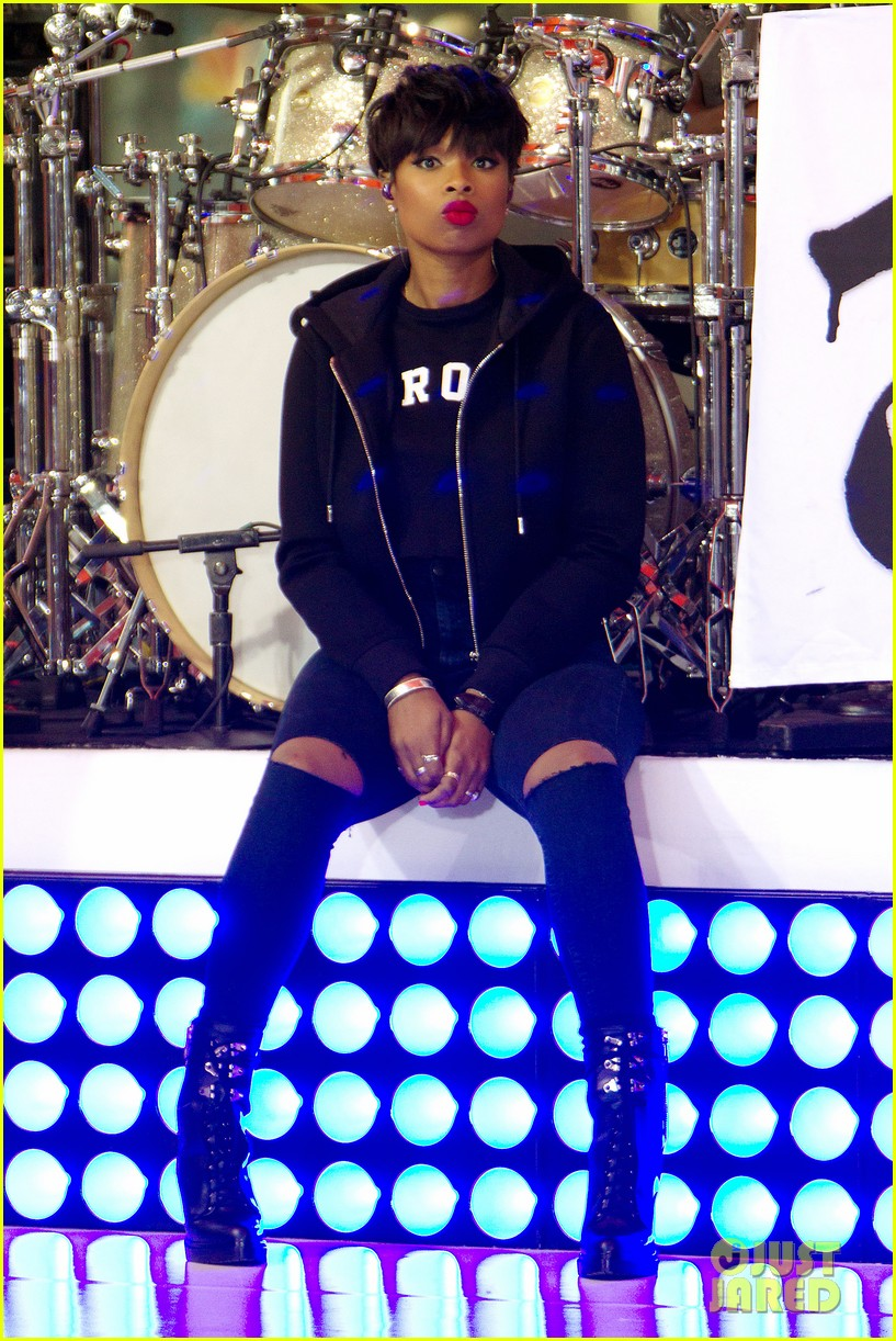 jennifer hudson debuts new song today show063179068