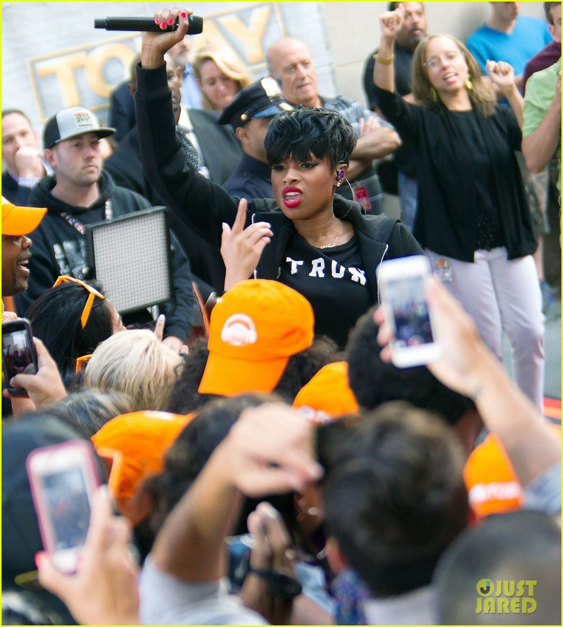 jennifer hudson debuts new song today show163179078