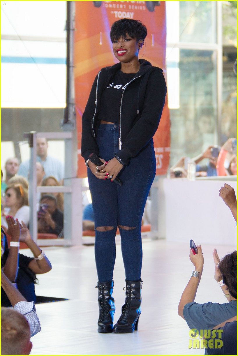 jennifer hudson debuts new song today show363179098