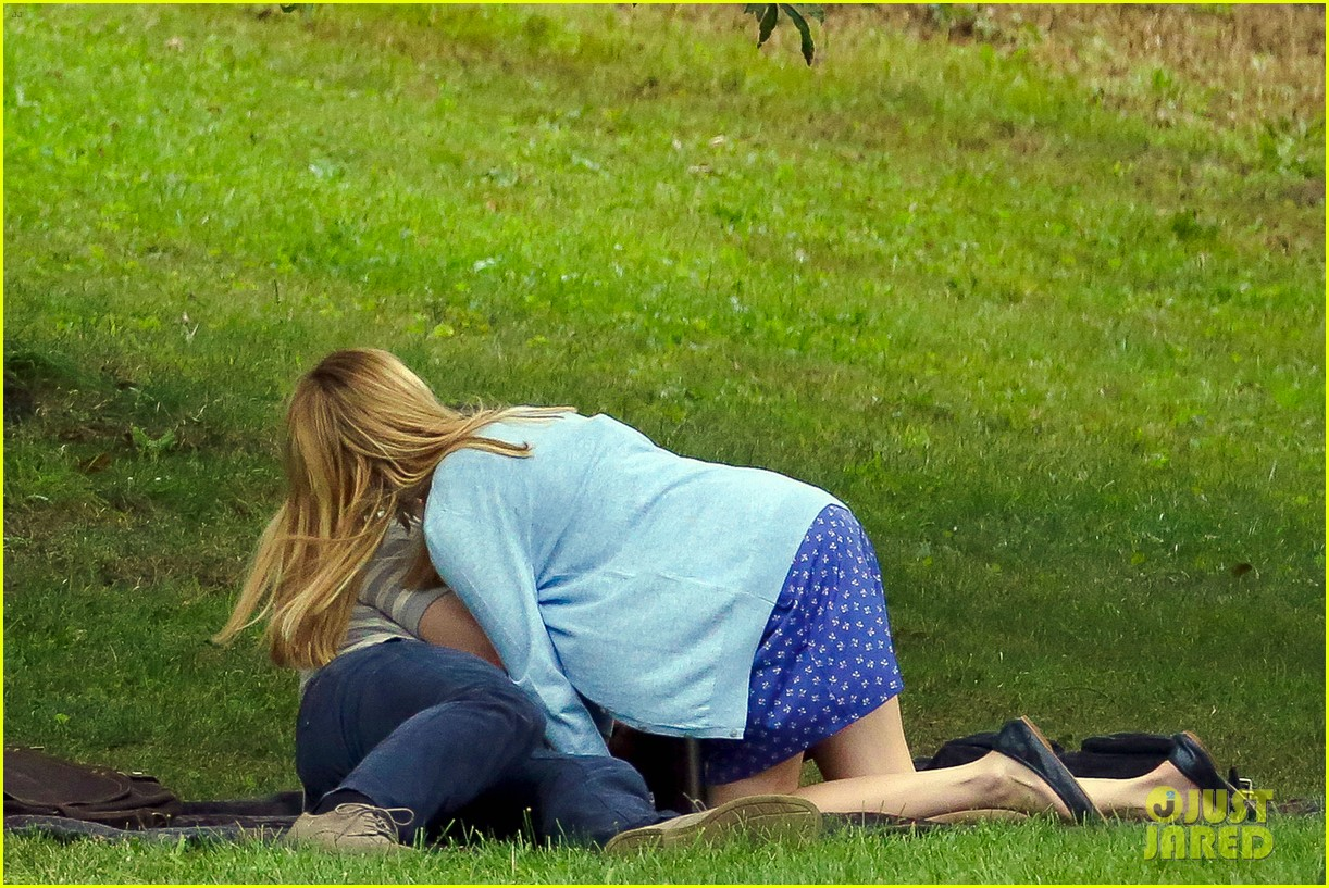 james franco emma roberts kiss park michael filming 083187003