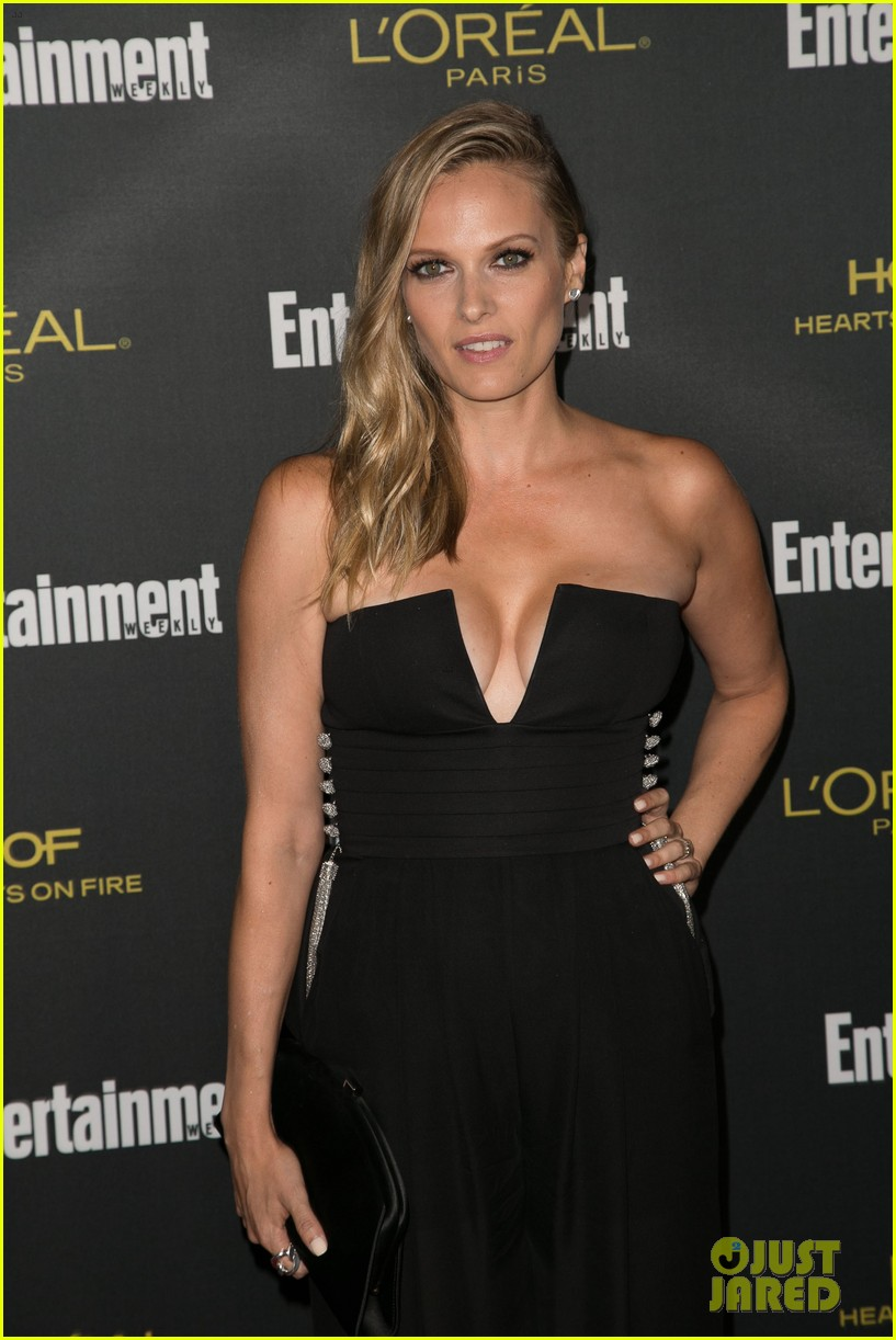 jennifer morrison mira sorvino ew emmys party 2014 093182090