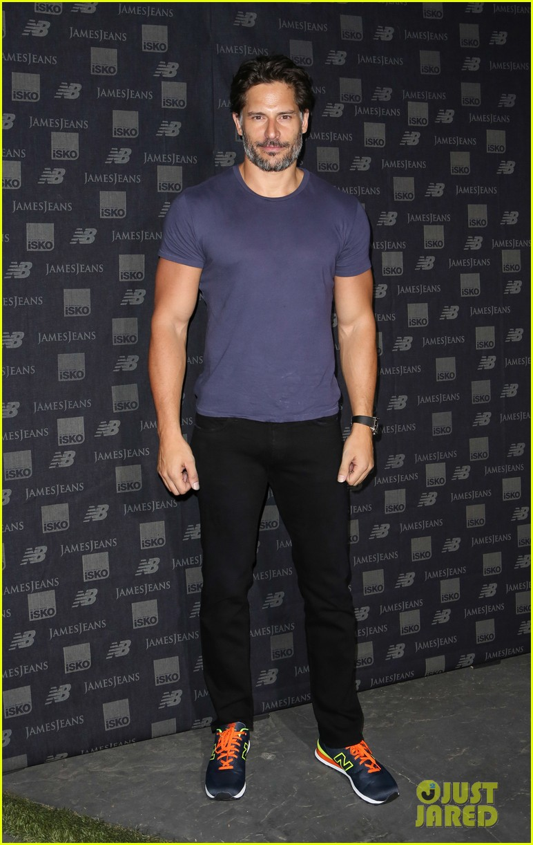 joe manganiello gets his dance on at new balance event 013179676