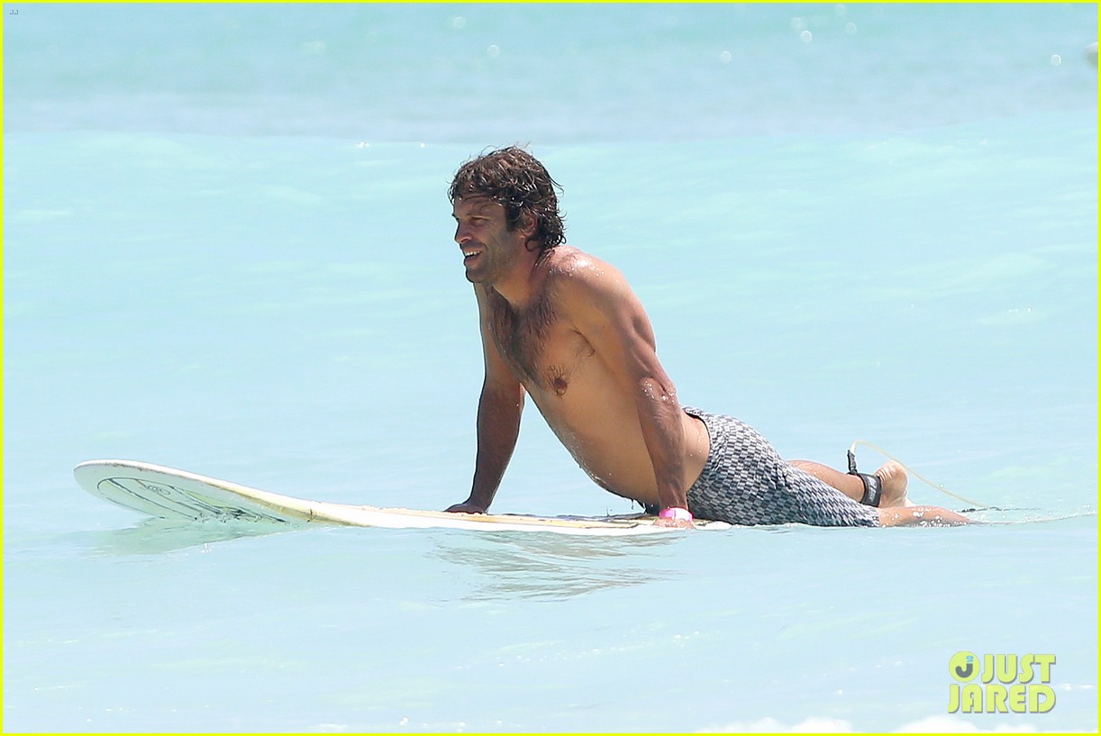 jack johnson shows off hot body shirtless surf session 153169405