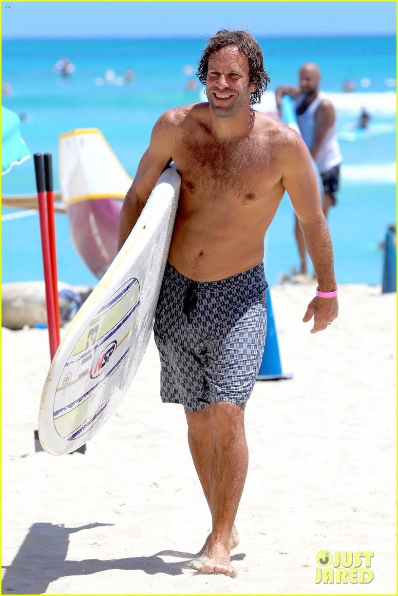 jack johnson shows off hot body shirtless surf session 293169419