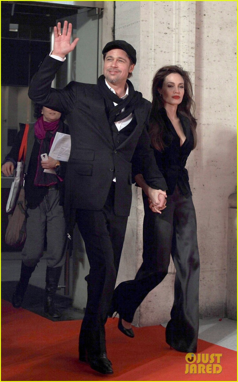angelina jolie brad pitt married 063185397
