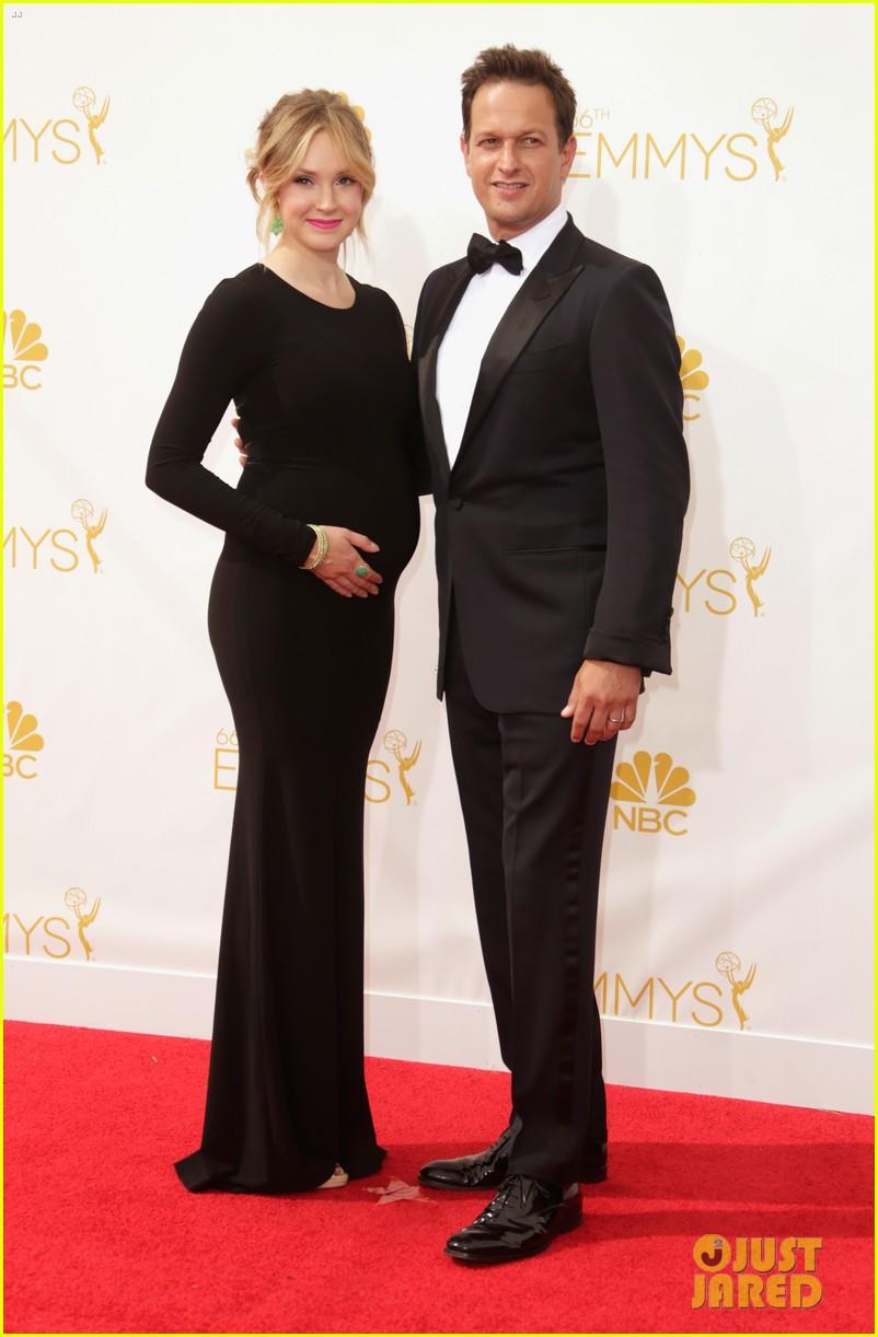 josh charles pregnant wife sophie flack emmys 2014 043183378