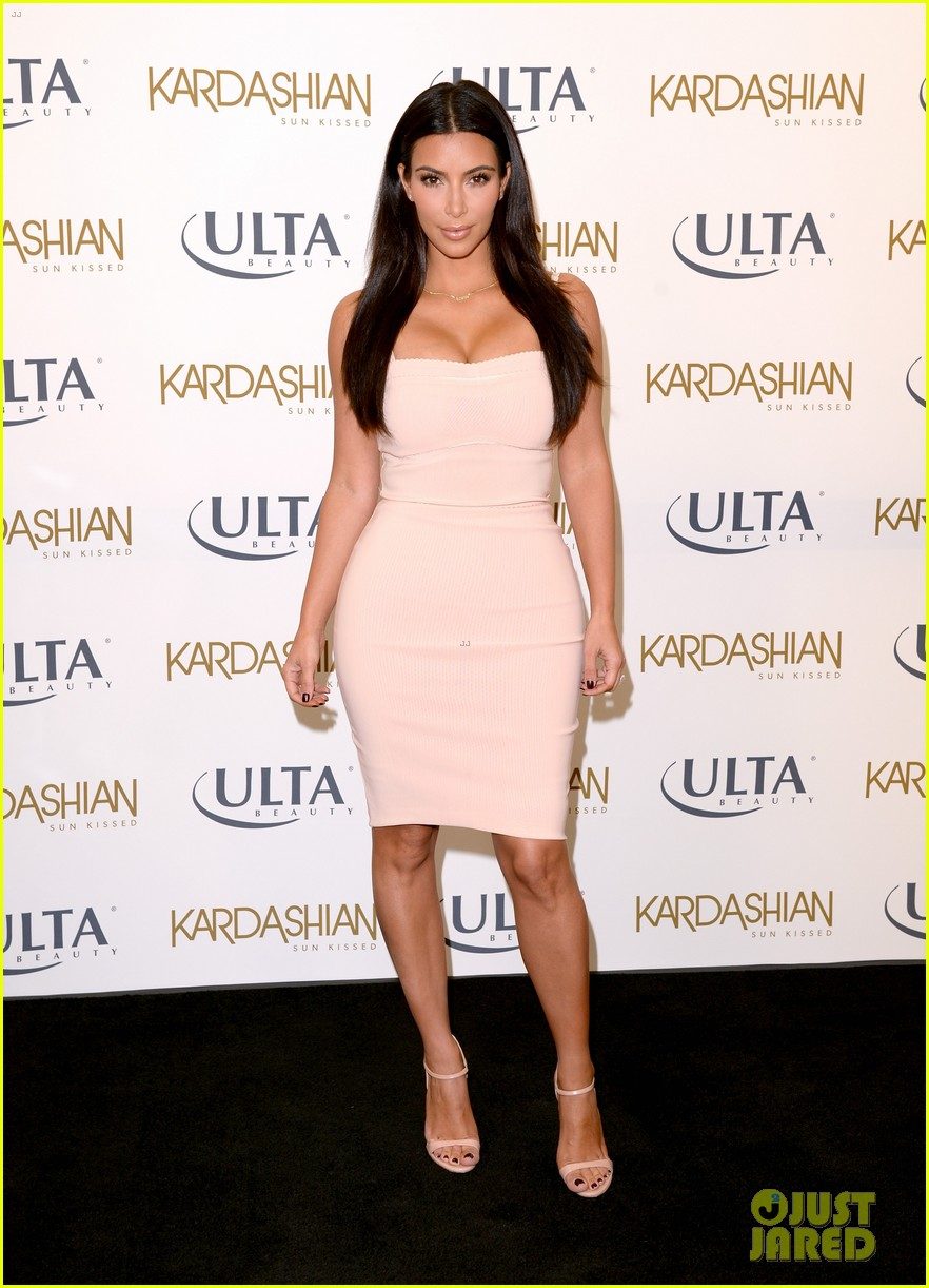 kim kardashian feels younger because of her dermatologist 013171906