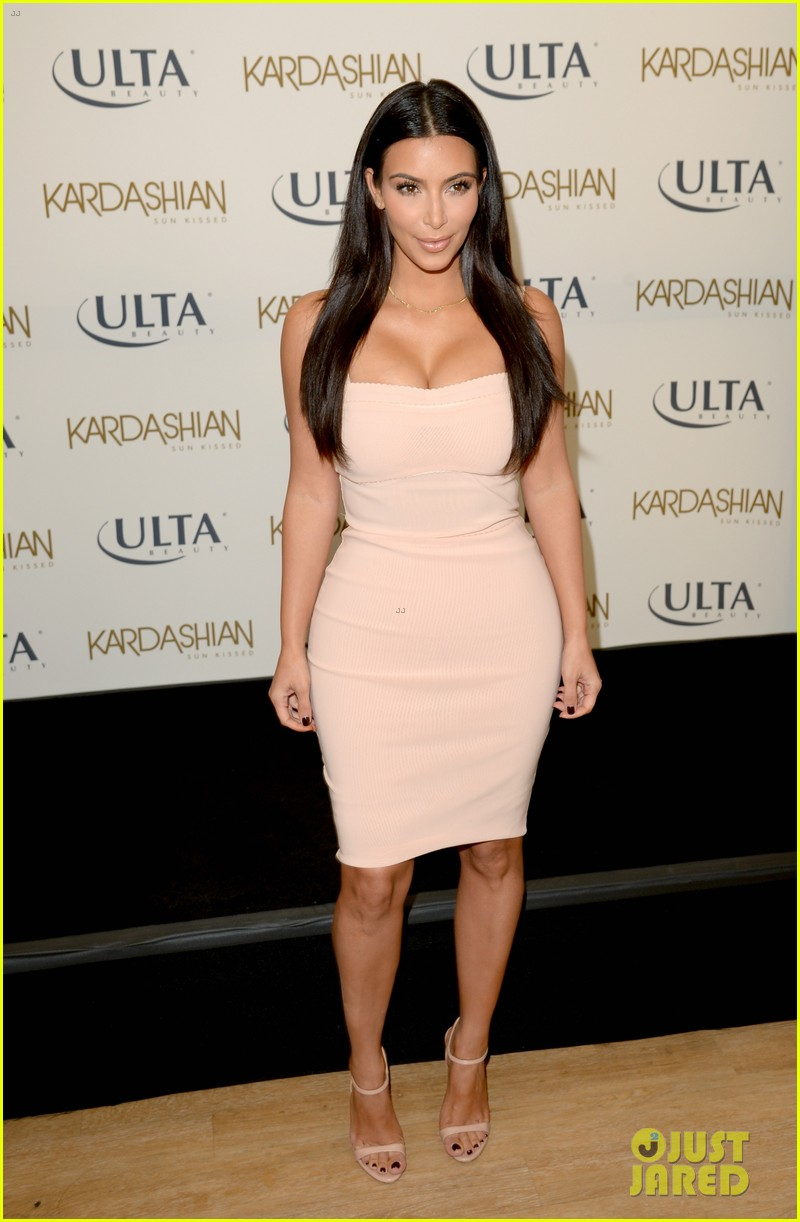 kim kardashian feels younger because of her dermatologist 213171926