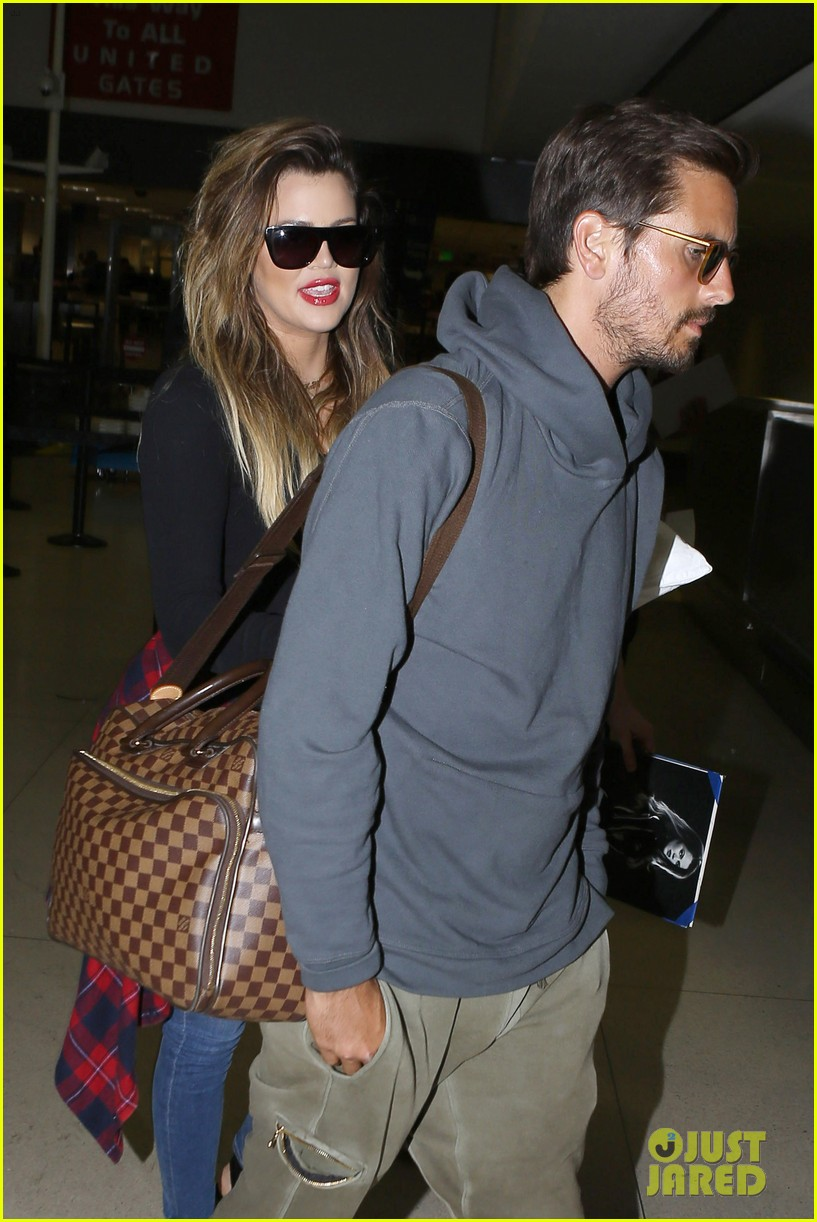 khloe kardashian touches down at lax with scott disick after hosting together 063178481