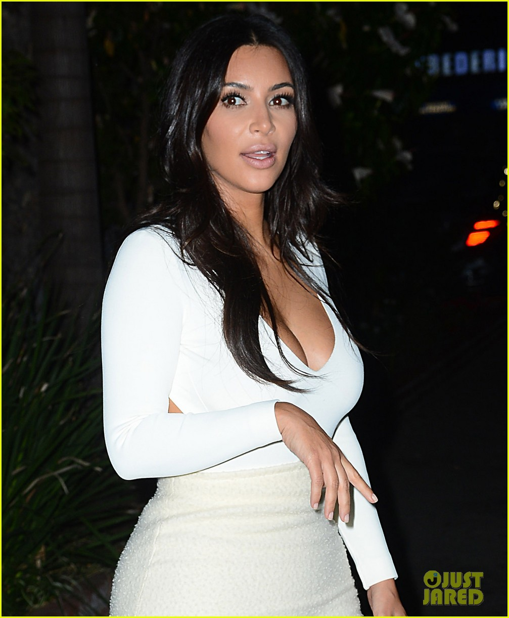 kim kardashian kanye west step out for date night 053185322