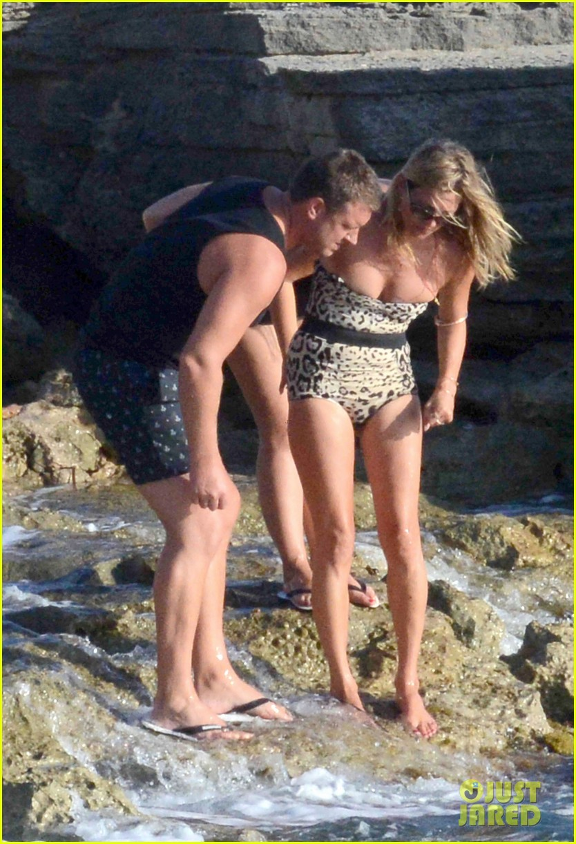 kate moss shows off body animal print bathing suit 133178070