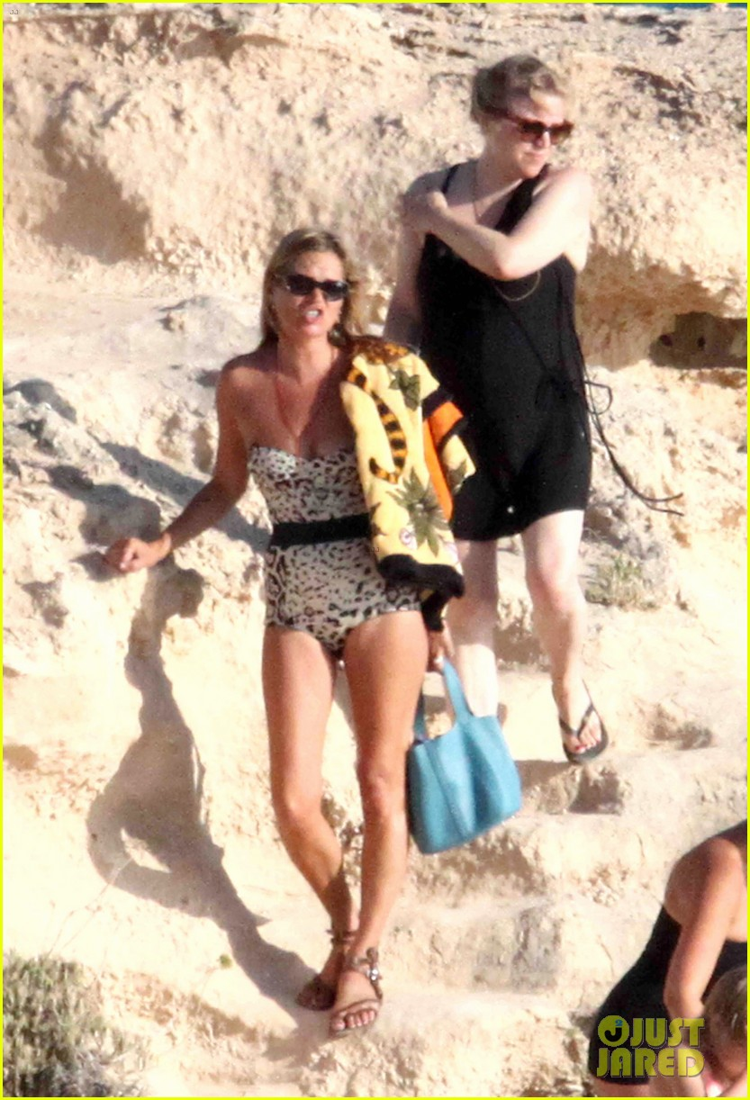 kate moss shows off body animal print bathing suit 213178078