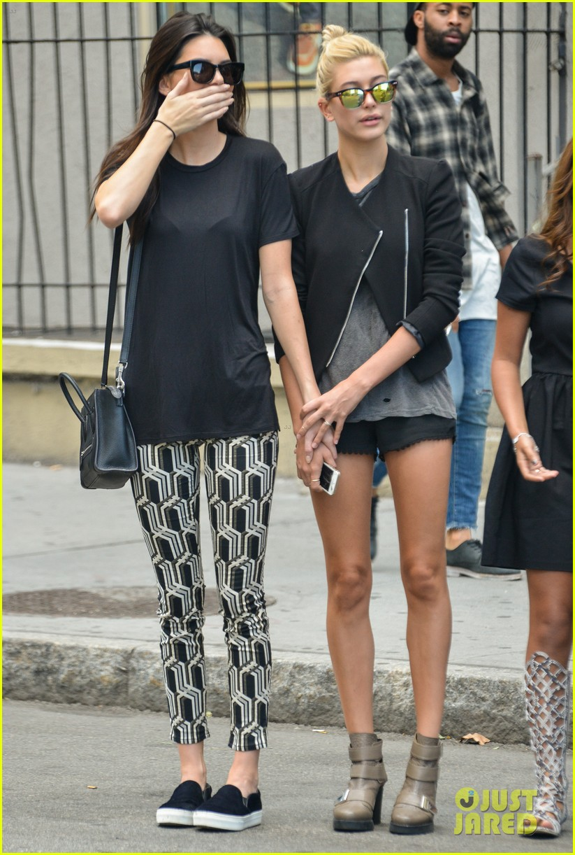 kendall jenner hailey baldwin cab just kendall now 113186140