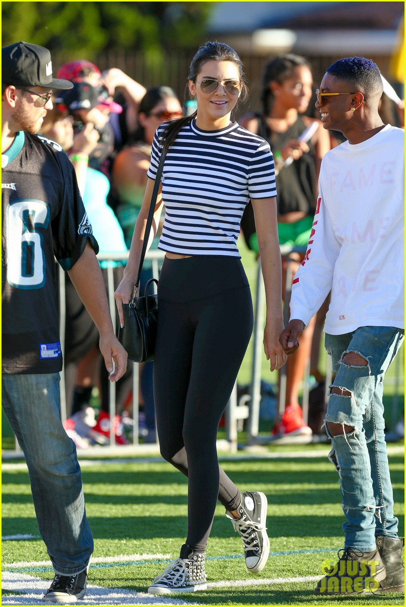 kendall jenner takes to skies after charity football game 143178396