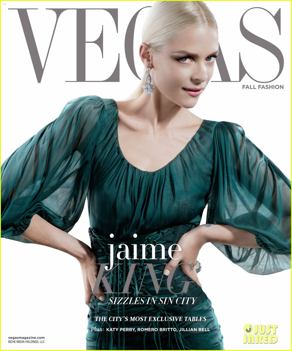 jaime king motherhood vegas magazine cover 013186568