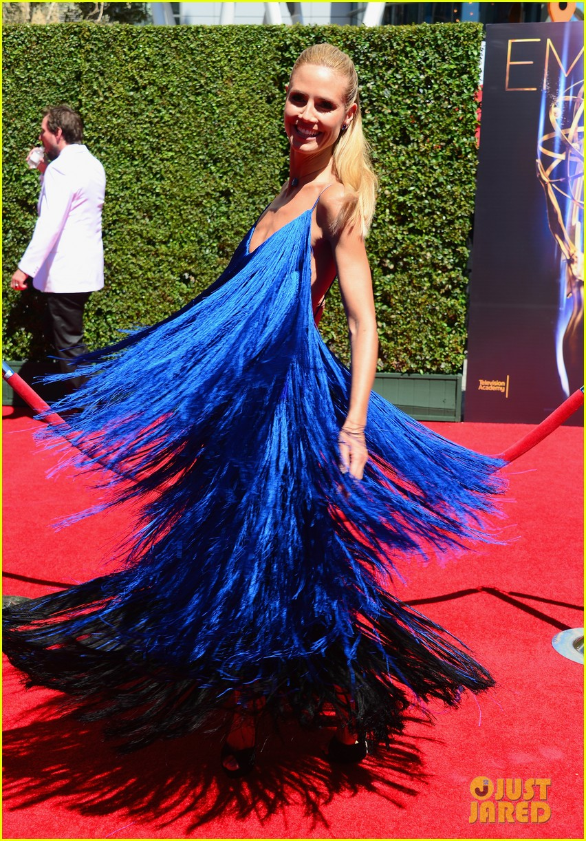 heidi klum twirls into tim gunn creative arts emmys 073177691