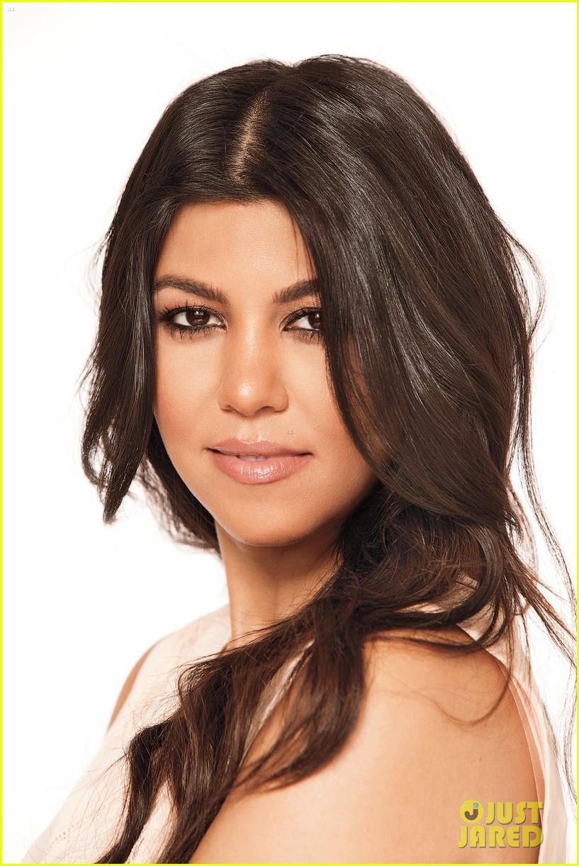 kourtney kardashian covers natural health magazine 023179673