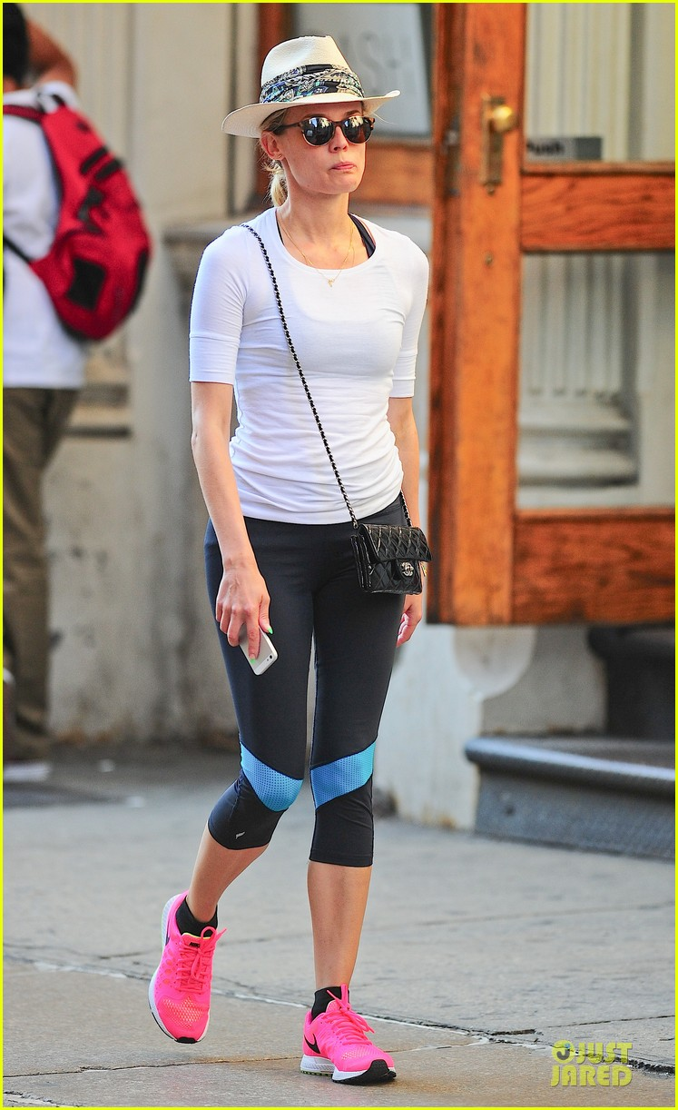 diane kruger hot pink sneakers capture our attention 013178995