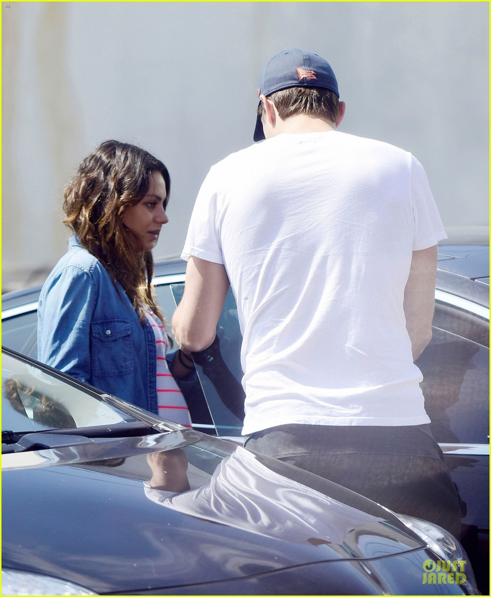 mila kunis looks ready to pop as due date approaches 083181577