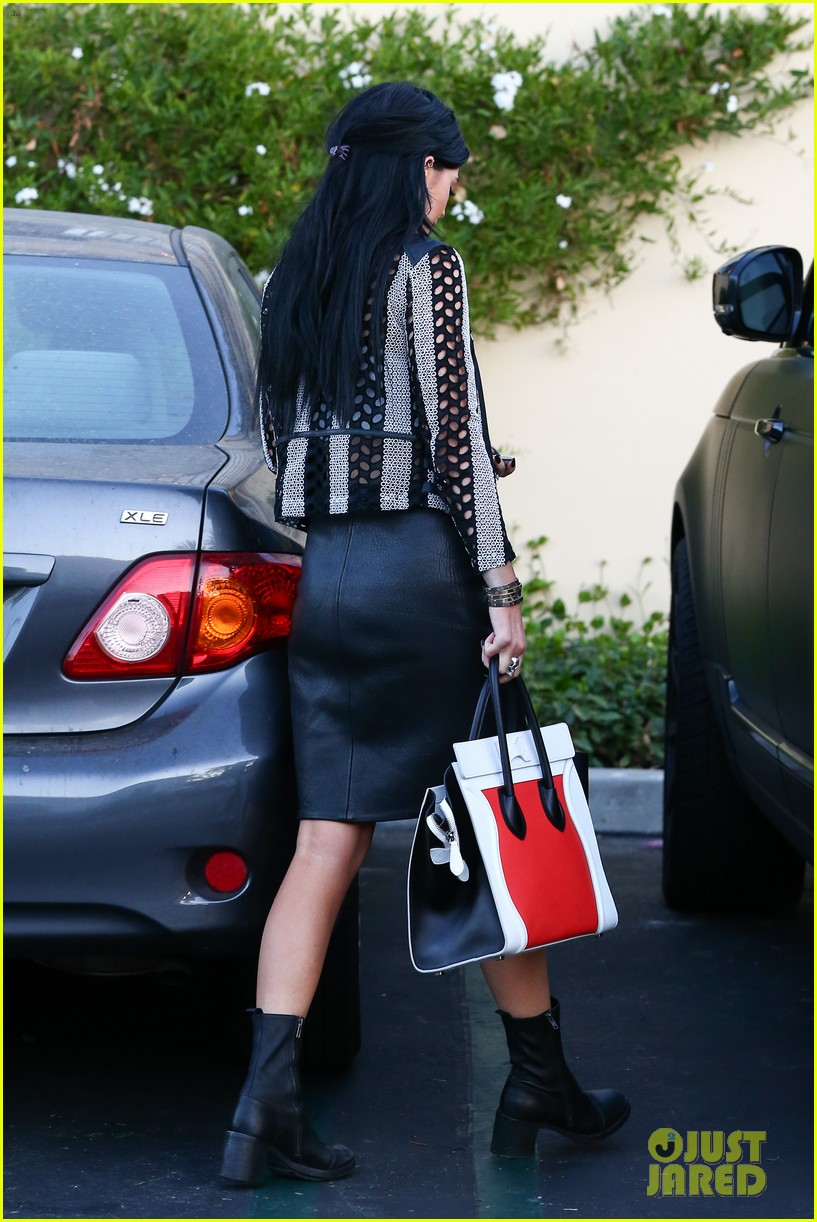 kylie kendall jenner madden girl bts video 243184660