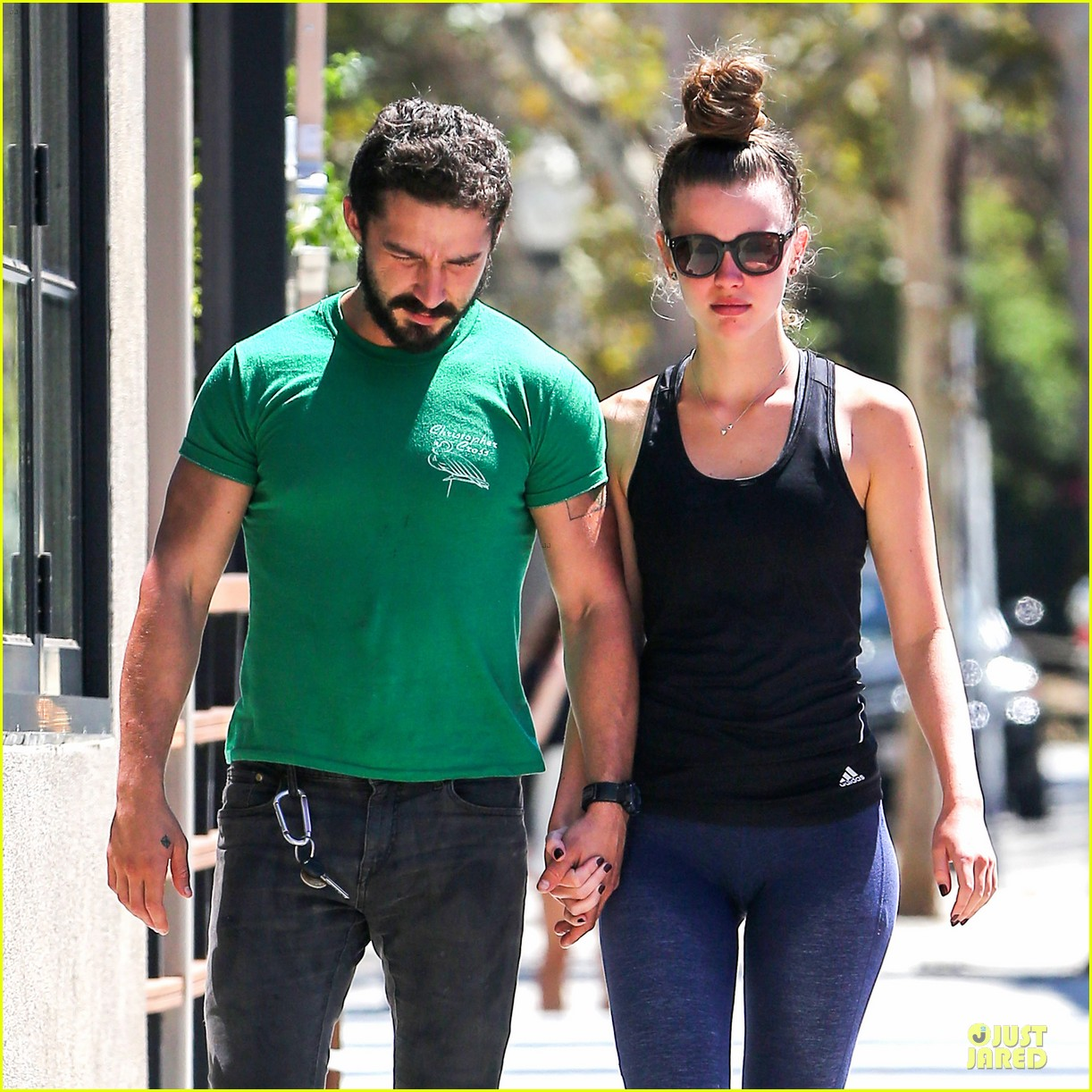 shia labeouf mia goth enjoy lunch date at granville 043181061