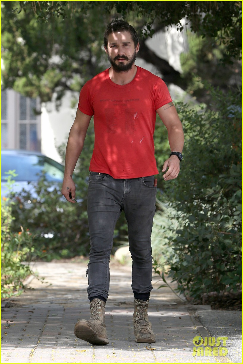 shia labeouf mia goth lunch date 043185251