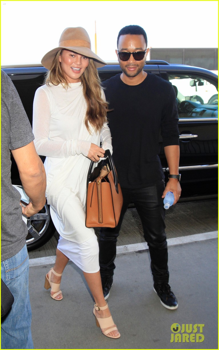 chrissy teigen john legend la to miami 043186492