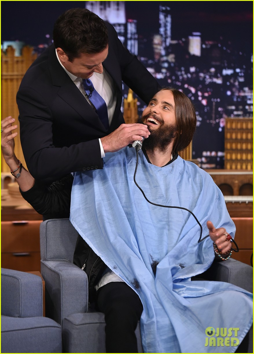 jared leto gets his beard shaved 093179795