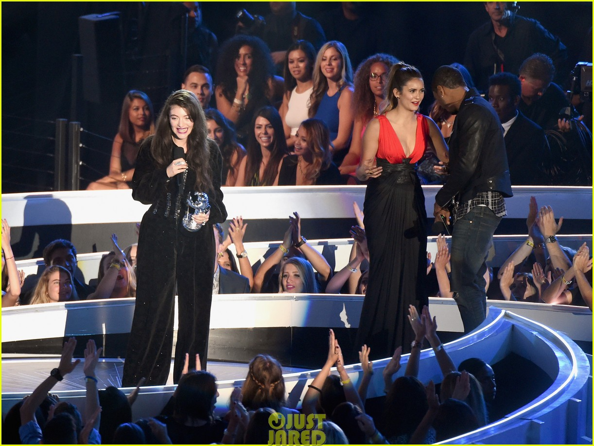 lorde royals win best rock video mtv vmas 04