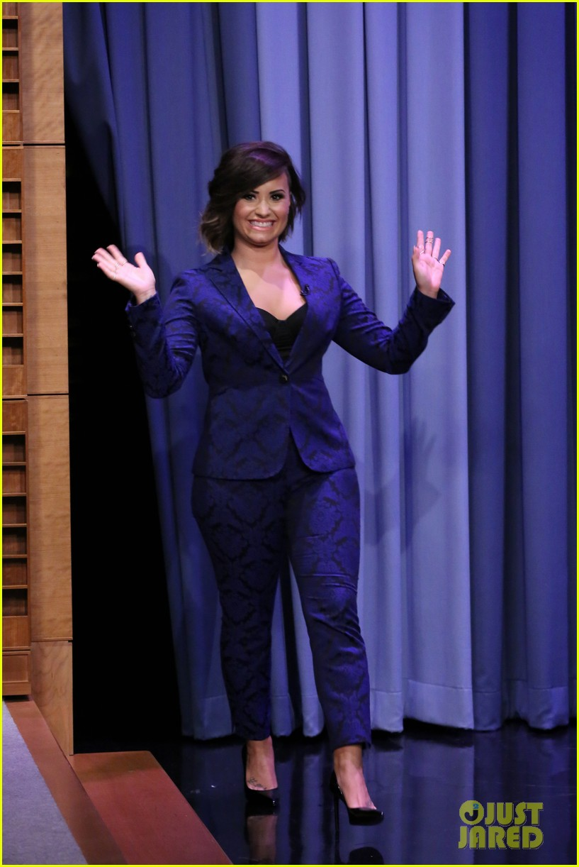 demi lovato tonight show jimmy fallon advice unqualified 013177350
