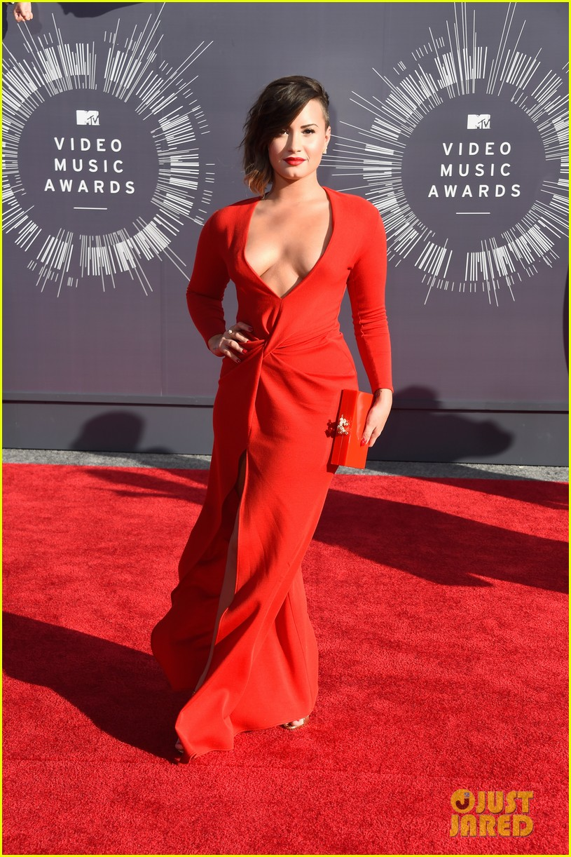 demi lovato red hot mtv vmas 063182460
