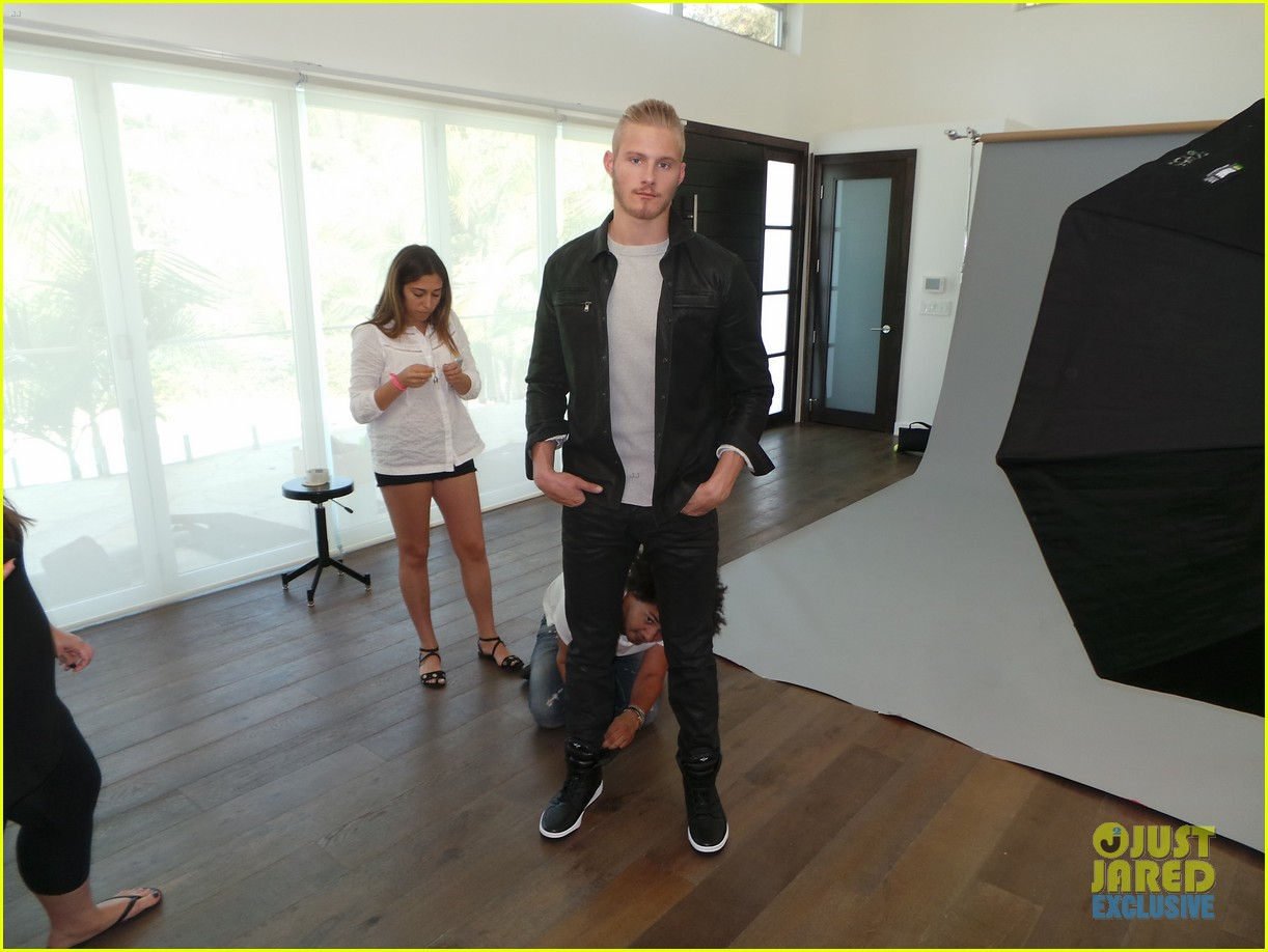 alexander ludwig jj spotlight behind the scenes photos 063179185