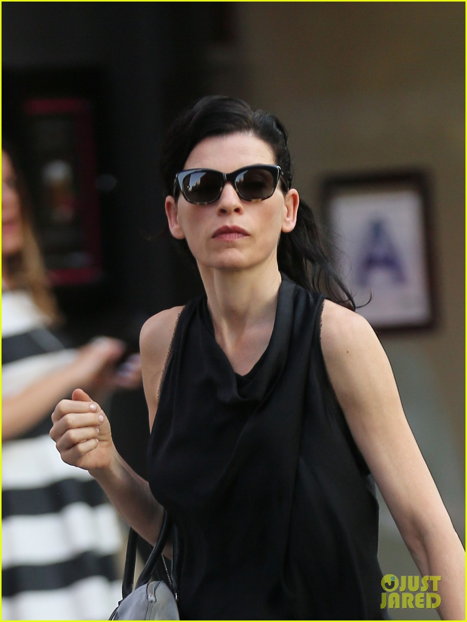 julianna margulies is getting criticized for her emmys speech 153185885