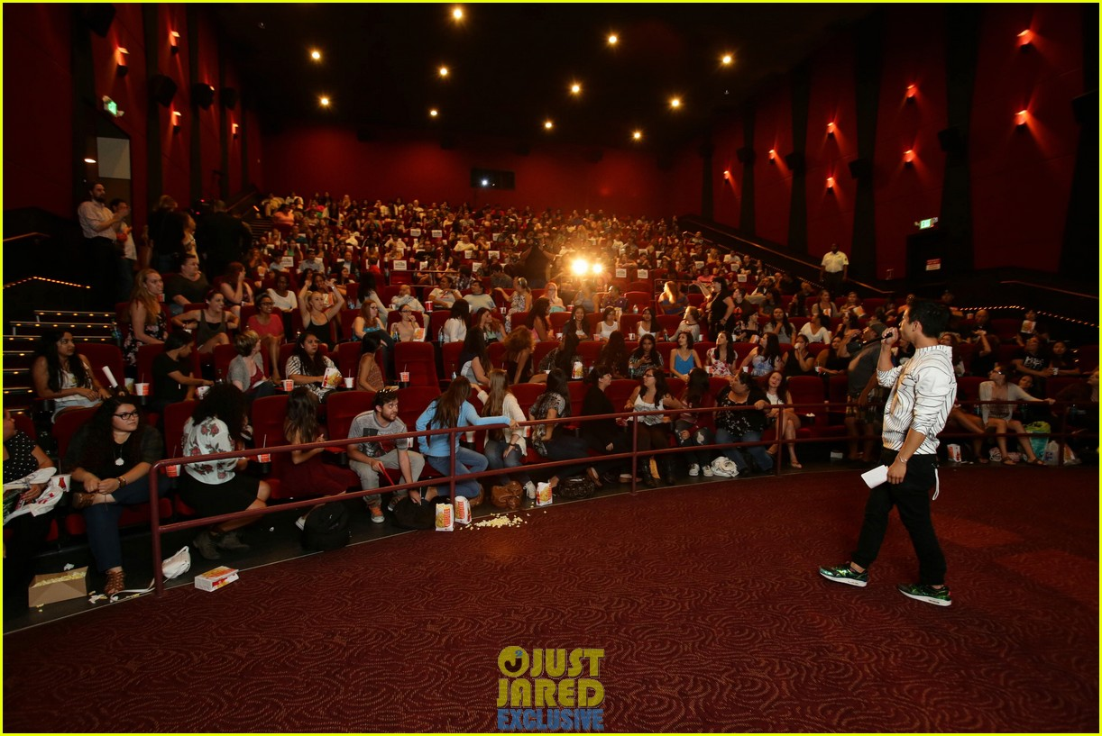 dylan obrien maze runner justjared screening 193182181