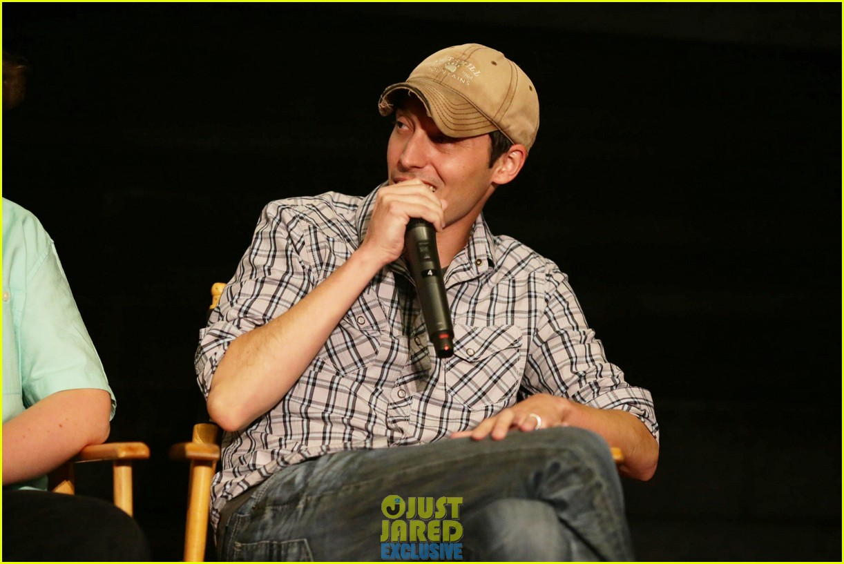 dylan obrien maze runner justjared screening 243182186