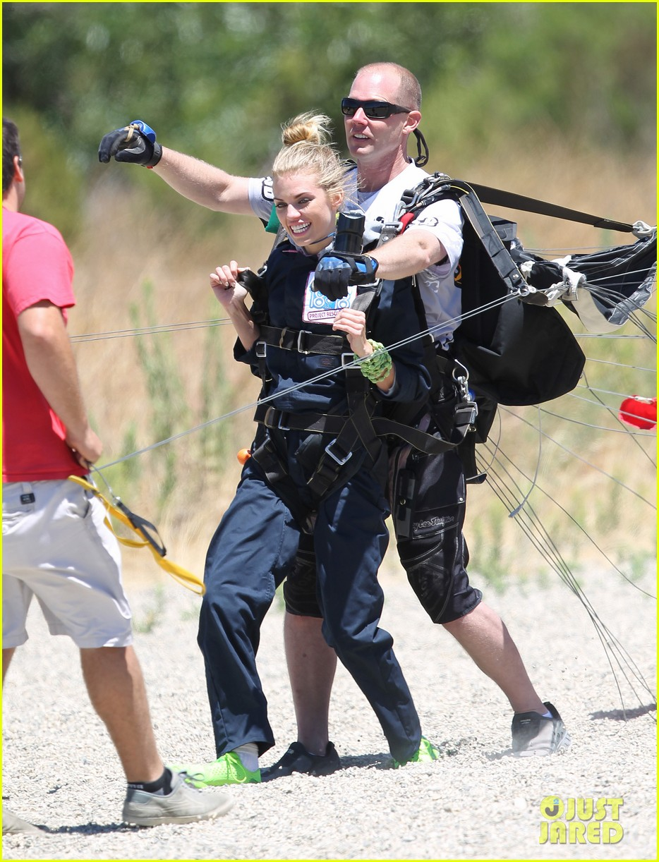 annalynne mccord charity i care skydiving 073178232