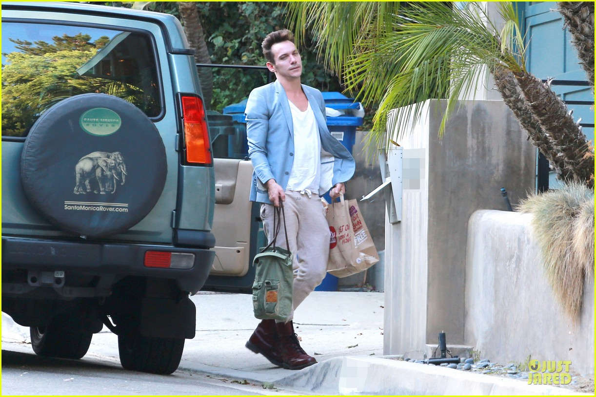 jonathan rhys meyers grabs groceries after another me hits theaters 053181610