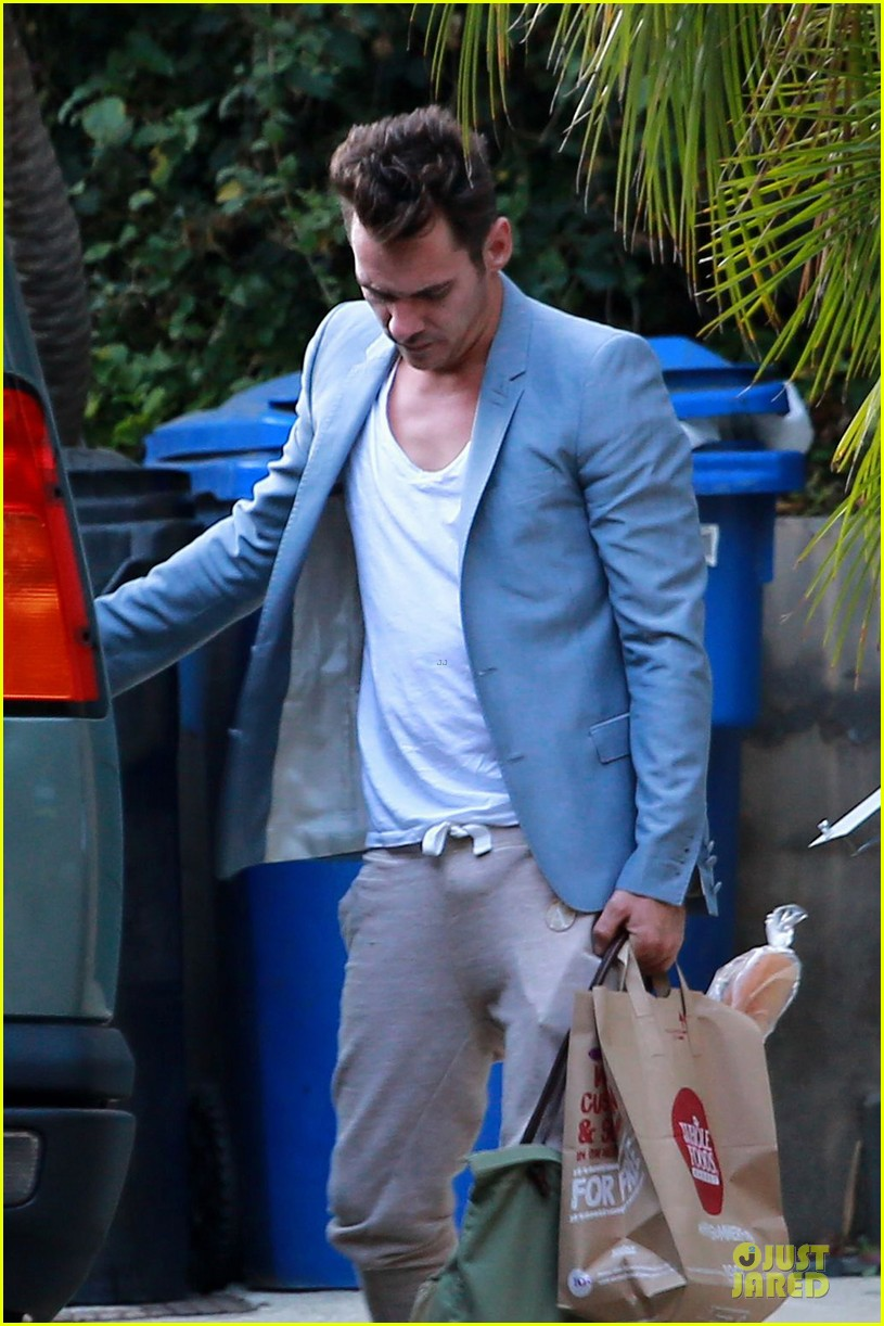 jonathan rhys meyers grabs groceries after another me hits theaters 163181621