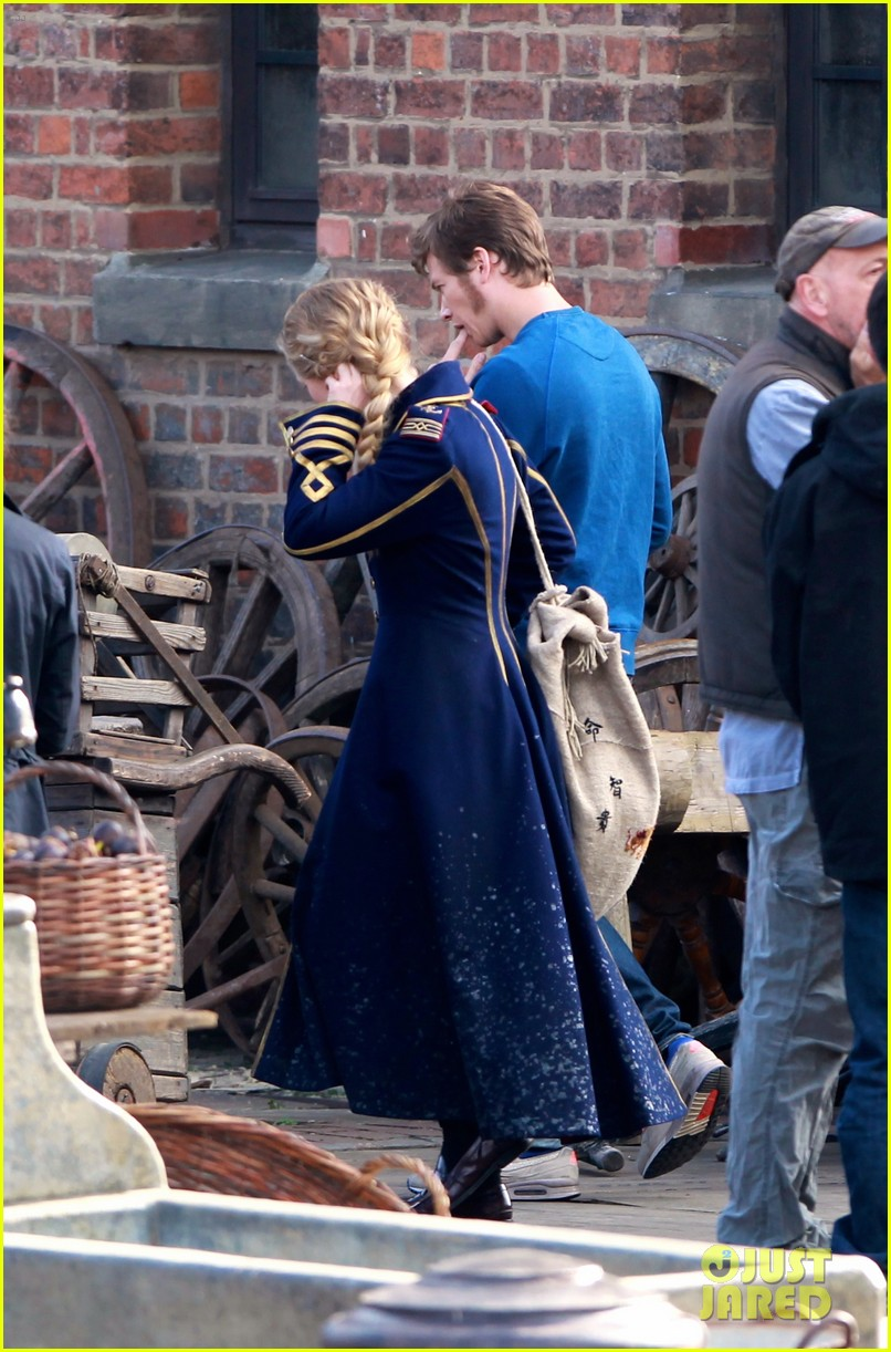 mia wasikowska captain blues coat looking glass 093178773