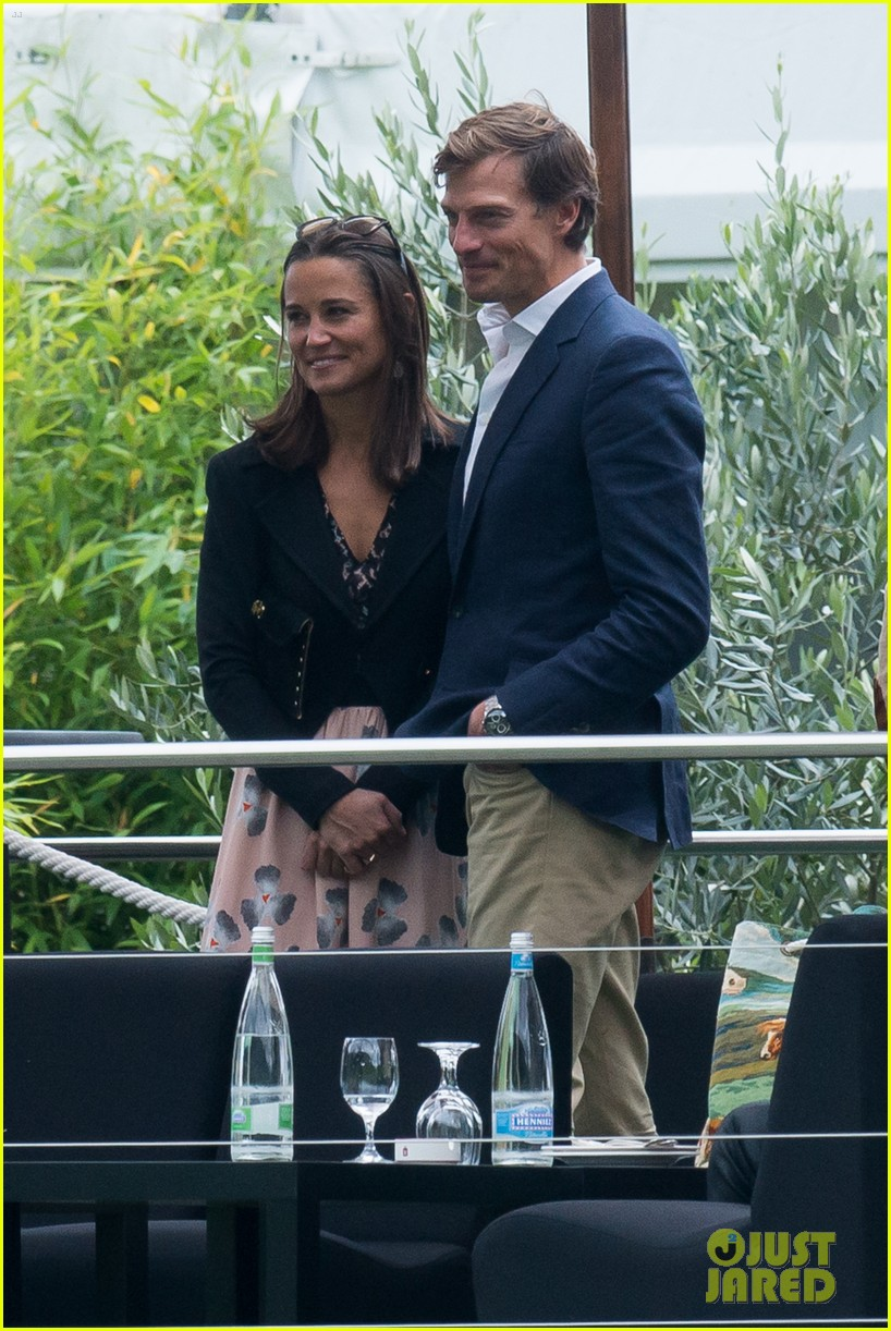pippa middleton nico jackson enjoy romantic weekend holiday 043182916