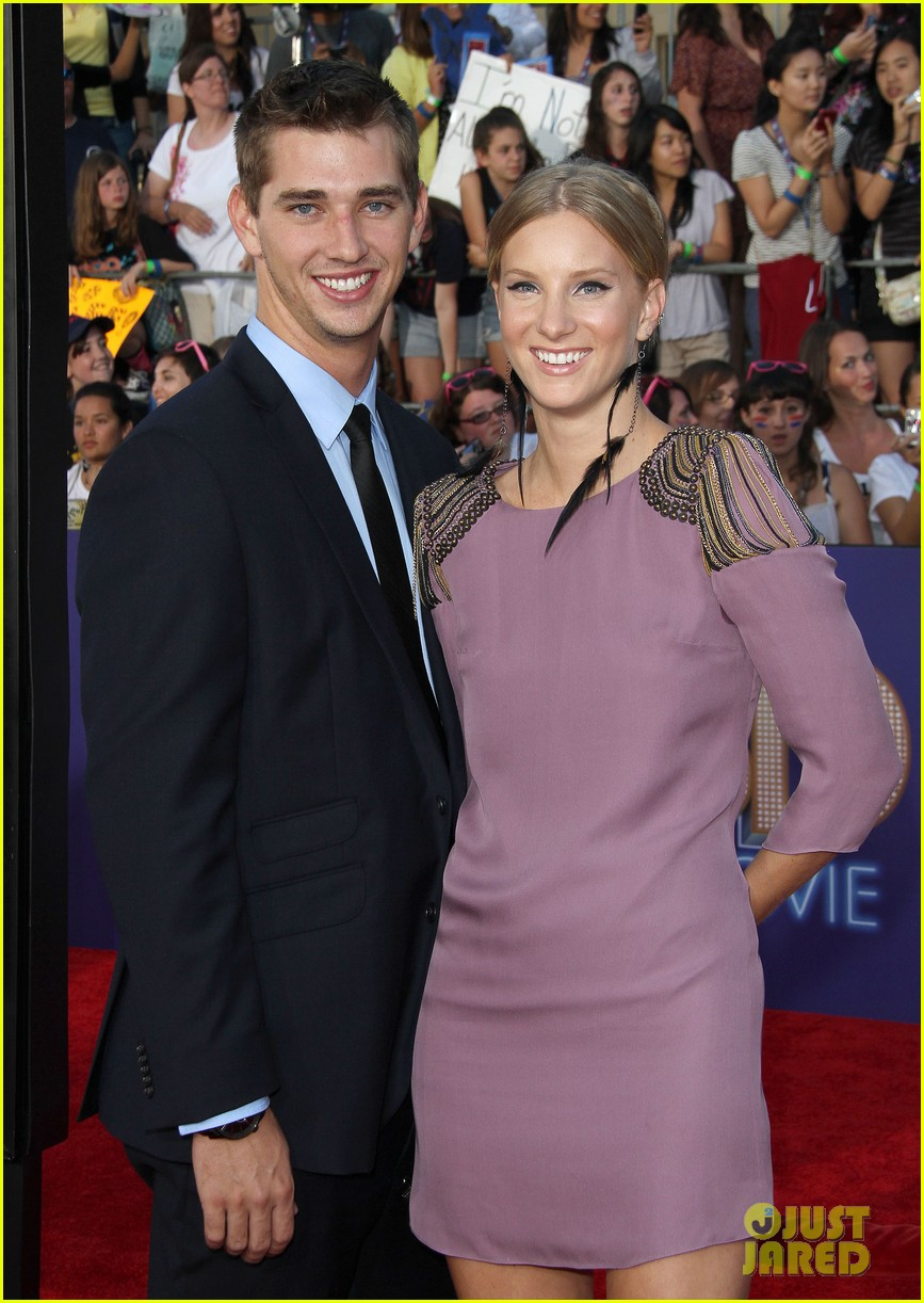 heather morris engaged to taylor hubbell 083184996