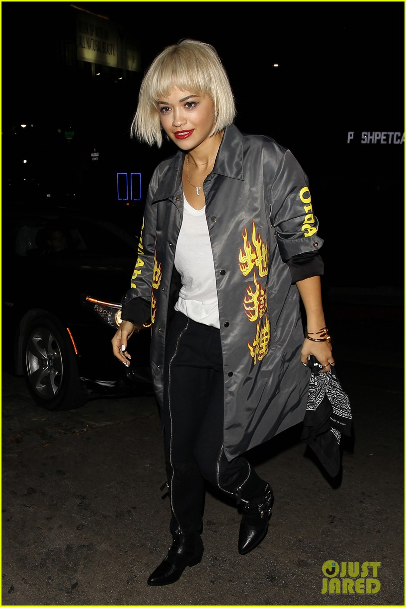 rita ora chateau marmont night out 07